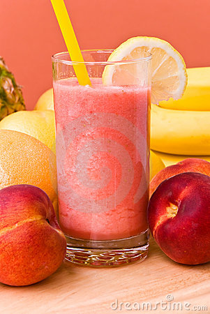 Juice of mixed fruit,peach-freshly squeezed