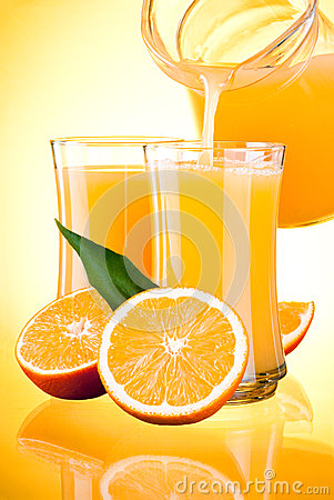 Juice to pour from pitcher, Oranges with leaves