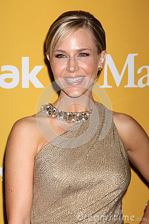 Julie Benz arrives at the City of Hope s Music And Entertainment Industry Group Honors Bob Pittman Event Editorial Image