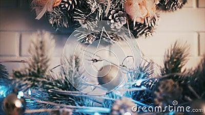 Julpynt som bränner nytt år för stearinljus lager videofilmer