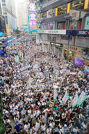 1 july marches 2012 in Hong Kong Editorial Stock Image