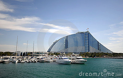 Jumeirah Beach Hotel & The Marina