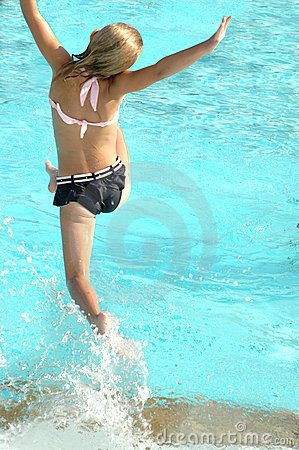 Free Jumping In Pool Stock Photography - 847472