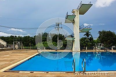 Jumping swimming pool