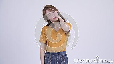 Die Asiatin Miharu Kai bekommt ihre haarige Fotze und riesige Rindfleischvorhänge geleckt