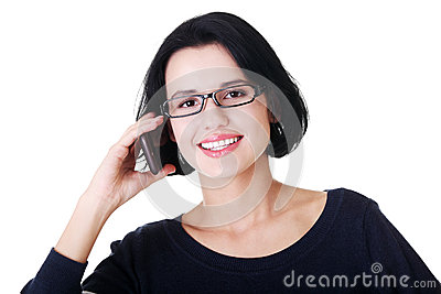 Junge glückliche Frau nennt