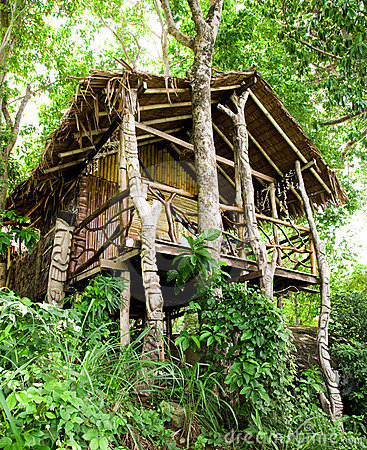 Free Jungle Bungalow In Phi Phi Island Royalty Free Stock Photo - 17890845