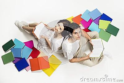Junte incorporarse en la lectura del suelo y la mirada.