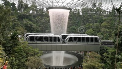 Juwel Changi-Wasserf?lle an Changi-Flughafenabfertigungsgeb?ude 1 Singapur, Singapur, am 30. Mai 2019 stock footage