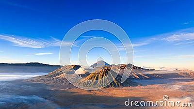 4K Bromo火山Timelapse在日出的,东爪哇省,印度尼西亚