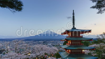 4K dzień nocy timelapse Mt Fuji z Chureito pagodą w wiośnie, Japonia zbiory wideo