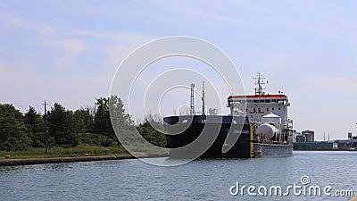 4K UltraHD Timelapse del cargo del lago abbassa Welland Canal, Canada archivi video