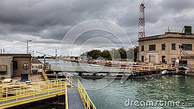 4K UltraHD Timelapse del peschereccio si muove attraverso Welland Canal, Canada stock footage