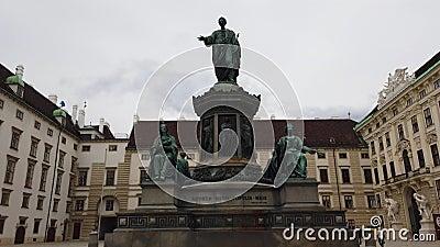 4k wideo statua lub zabytek cesarz Franz Ja w Josefsplatz Wiedeń, Austria zbiory