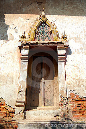 Kaew Fah Bang Krouy temple s window