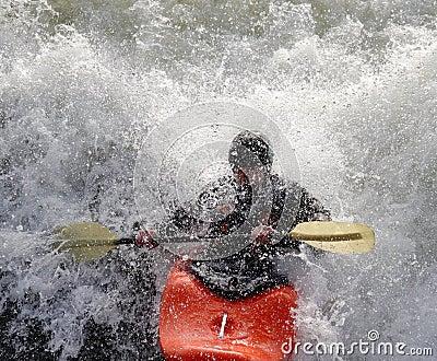 Kajak en los Rapids