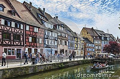 Kanal i Colmar Redaktionell Arkivfoto