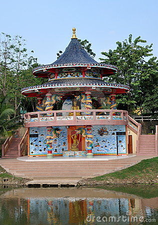 Kanchanaburi, Thailand: Temple