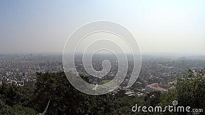 Kathmandu da altura do voo do ` s do pássaro vídeos de arquivo