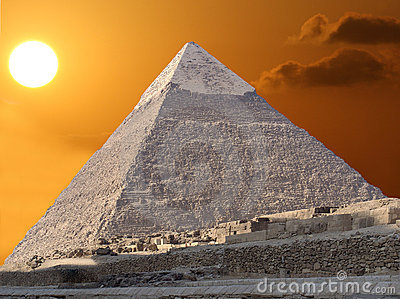 Kefren Pyramid and the sun