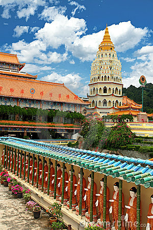Free Kek Lok Si Buddhist Temple Royalty Free Stock Images - 15913669