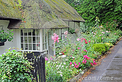 Kent thatched cottage.