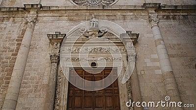 Kerk van St Domenico Monopoli Puglia Italië stock footage