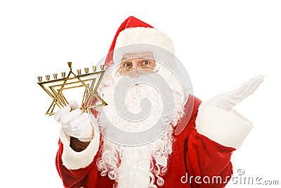 Kerstman die door Menorah wordt verward