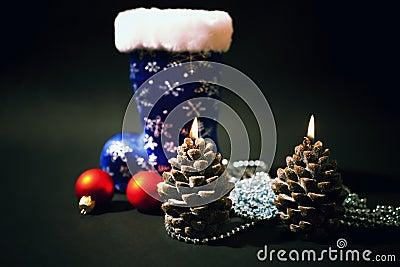 Kerstmis-boom decoratie met blauw boe-geroep