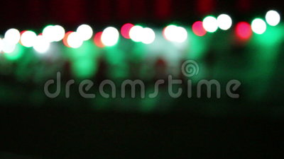Kerstmisachtergrond met kleurrijke vage lichten stock footage