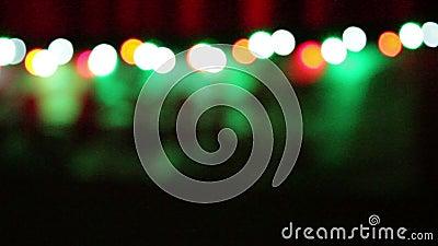 Kerstmisachtergrond met kleurrijke vage lichten stock video