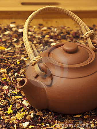 Free Kettle With Tea Royalty Free Stock Photography - 18502107