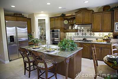 Keuken met eiland royalty vrije stock afbeeldingen afbeelding 3168839 - Centrum eiland keuken ...