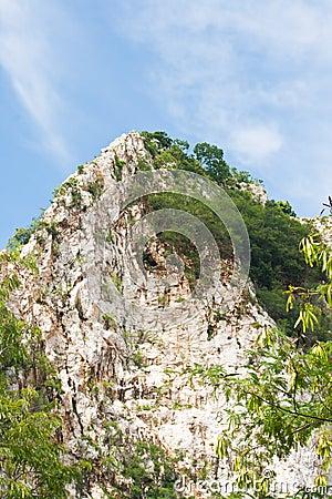 Khao ngoo rock park