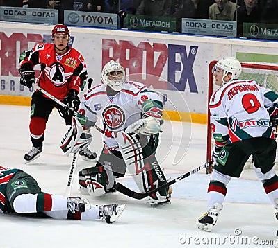 Free KHL Hockey Automobilist Vs AK Bars Royalty Free Stock Image - 11604866