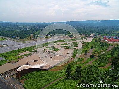 Khun丹Prakan Chon水坝