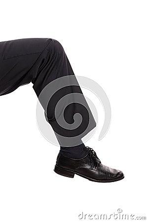 Kicking leg