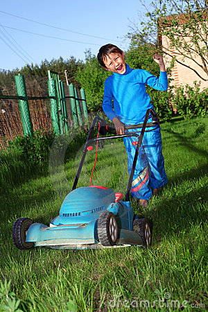 Kid lawn mower