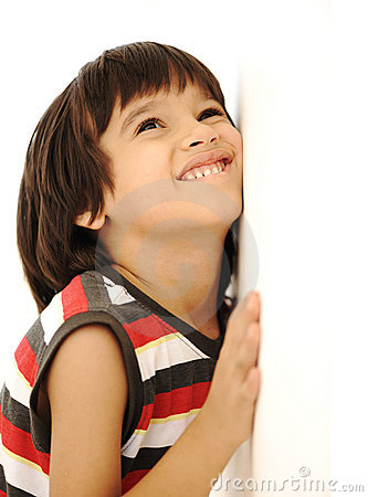 Free Kid On Wall, Smile Royalty Free Stock Images - 20515309