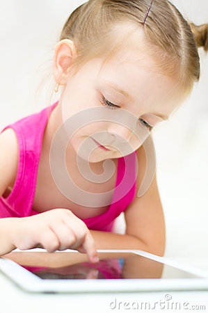 Kid using tablet computer