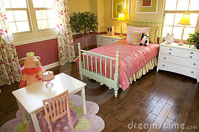 Kids bedroom 1810