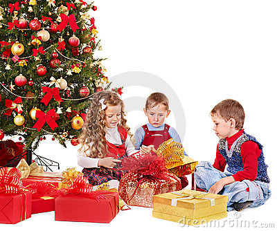 Kids with Christmas gift box.