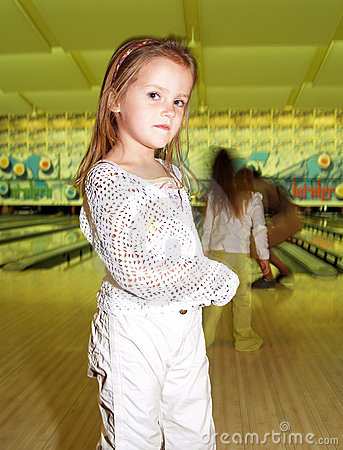 Free Kids In Bowling Royalty Free Stock Photos - 3459058