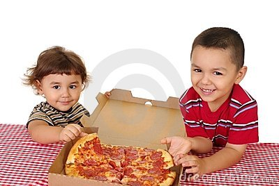 Kids and pizza