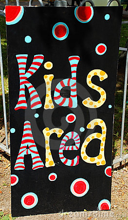 Kids Play Area sign