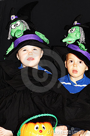 Kids ready for a trick-or-treat
