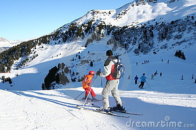 Kids skiing training