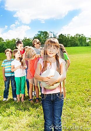 Kids team to play ball