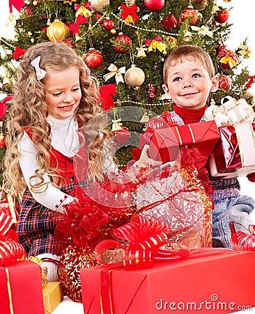 Free Kids With Christmas Gift Box. Stock Image - 27569151