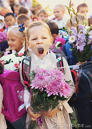 Free Kids With Flowers On First School Day In Moscow Royalty Free Stock Photo - 85440195